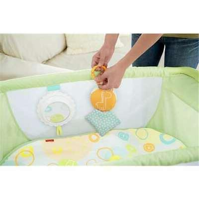 Fisher Deluxe 'n Portable Baby Bassinet, Green