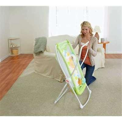 Fisher Price Deluxe 'n Play Bassinet,